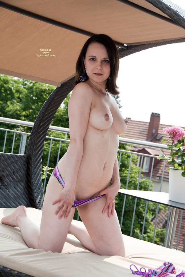 Pic #1 Topless Wife:Angelina_Imp At The Bodensee