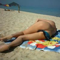 Nude Girlfriend:Beach