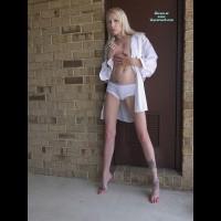 Nude Friend on heels:Jessica's Jewels
