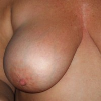 Topless Wife:Wife - First Time