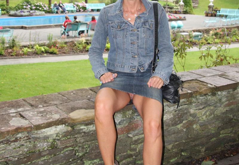 Pic #3 Pantieless Me:Bexx Various Upskirts