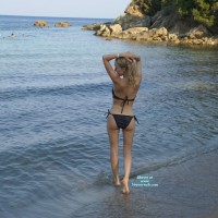 Nude Wife:Sasha Enjoys Playing On The Beach
