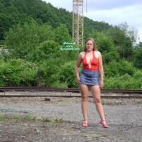 Nude Wife on heels:Hot Belgian Girl