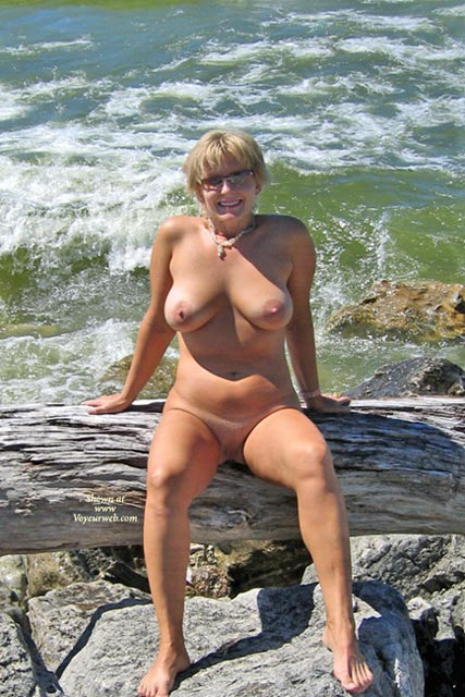Pic #1 - Sexy Boobies - Large Breasts, Shaved Pussy, Beach Voyeur, Sexy Boobs , Sexy Boobies, By The Sea, Large Breasts, Shaved Pussy, Pussy, Boobs, Beach, All Natural