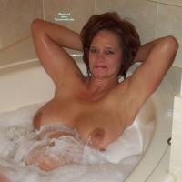 Nude Wife: Niecy In Bubble Bath At Casino