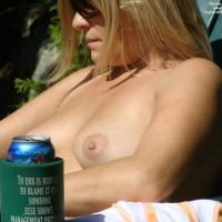 Nude Amateur:Summer Fun
