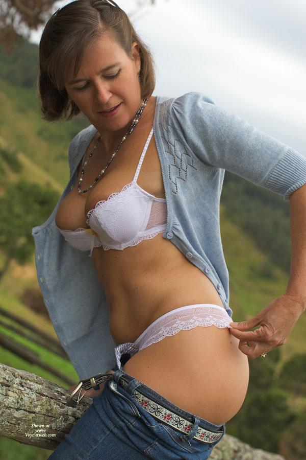 Pic #2 - Nude Me:Vanessab