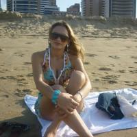 Topless Wife:Brazilian In Curacao 2