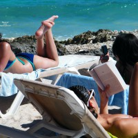 Beach Voyeur:Costa Maya