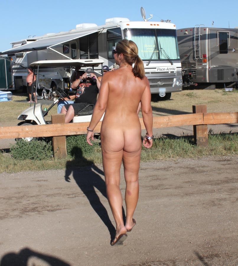 sturgis at naked pictures