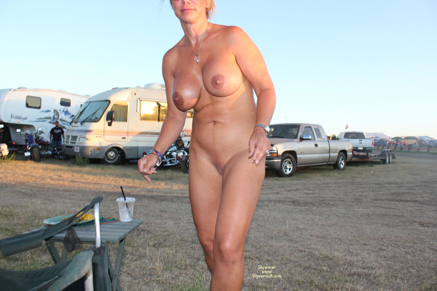 nude women at sturgis