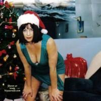 Nude Wife:*XM Nervous Mom's Present