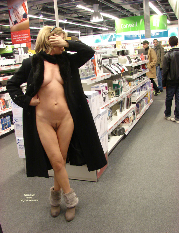 For Amateur store nude