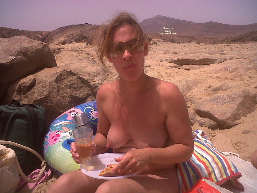 Pic #1 - Another Go , Just A Picnic On The Beach