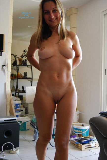 Pic #1 - Nude Ex-wife Smiling - Blonde Hair, Milf, Perfect Tits, Shaved Pussy, Nude Amateur, Nude Wife , Lean & Muscluar, Nude Milf, Petite, Smiling Into Cam, Nude Ex-wife, Nude Standing