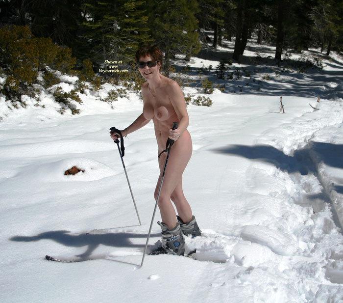 Pic #5 Cheri Skiing Naked