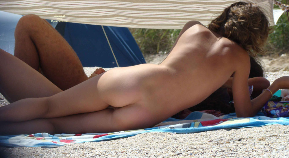 Pic #4 - Sexy Teen On The Beach... Nice Pics