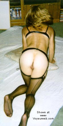 Pic #4 - Eve in Stockings