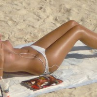 Slim Sexy Blonde Topless On Beach - Blonde Hair, Topless Beach, Topless, Beach Tits, Beach Voyeur