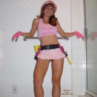 Brunette  -  Looks Good In Pink