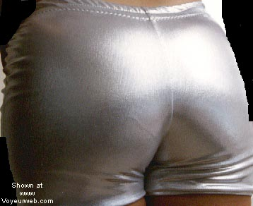 Pic #7 - Lots of butts