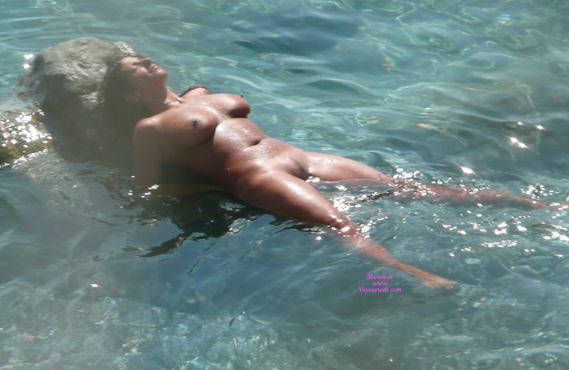 Sara jay and girl nude