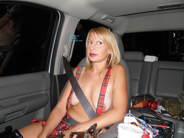 Pic #1 - Sexy Ex Slut , She Is So Hot And Loves To Be Seen In Public She Wants To Have Sex With A Stranger In Public While I Take Pics And Video. She Also Loves Your Naughty Comments So Please Let Her Know What U Want To Her Do And What U Would Do To Her. Thanks And Please Vote  For Her!!!