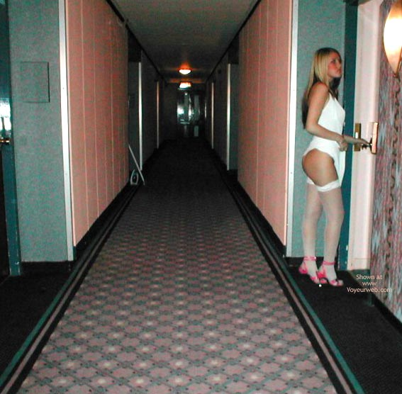 Pic #5 - Candy Topless In 3 Hotels