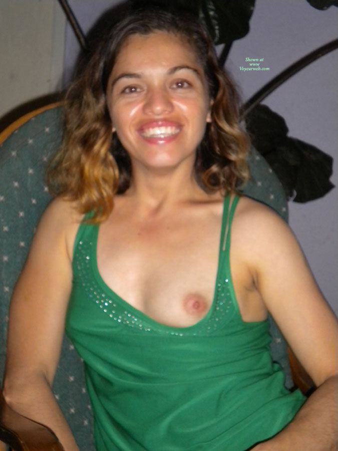 Pic #1 - Jasmine , I Get A Kick Of Been Seen Nude By People Who Don't Know Me! I Hope That Nobody Recognizes Me!