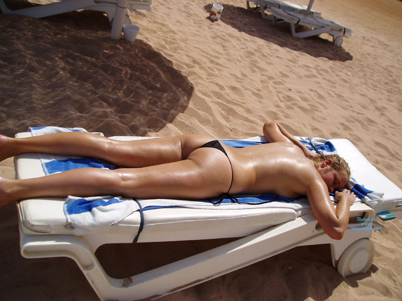 Pic #1 - Poolside Pics , Just A Few Pics From Egypt, It Was Very Hot And My Body Was Sweating All Over With My Pussy Leaking