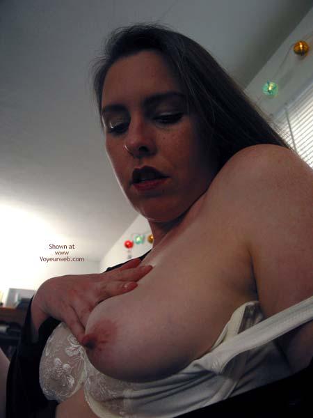 Pic #4 - Vicki Getting Ready To Masturbate