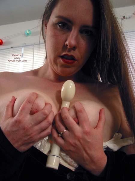 Pic #5 - Vicki Getting Ready To Masturbate