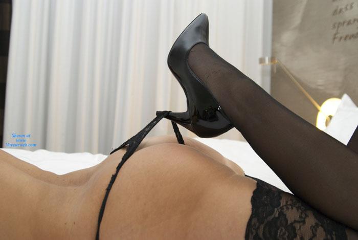 Pic #1 - Heels & Ass , I Like Those Shoes...