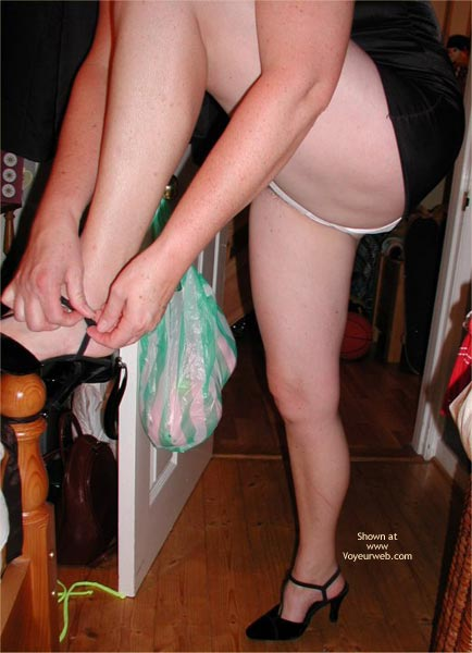 Pic #8 - Uk Lingerie Party Upskirts!