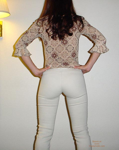 Pic #3 - Brunette - Strip Tease