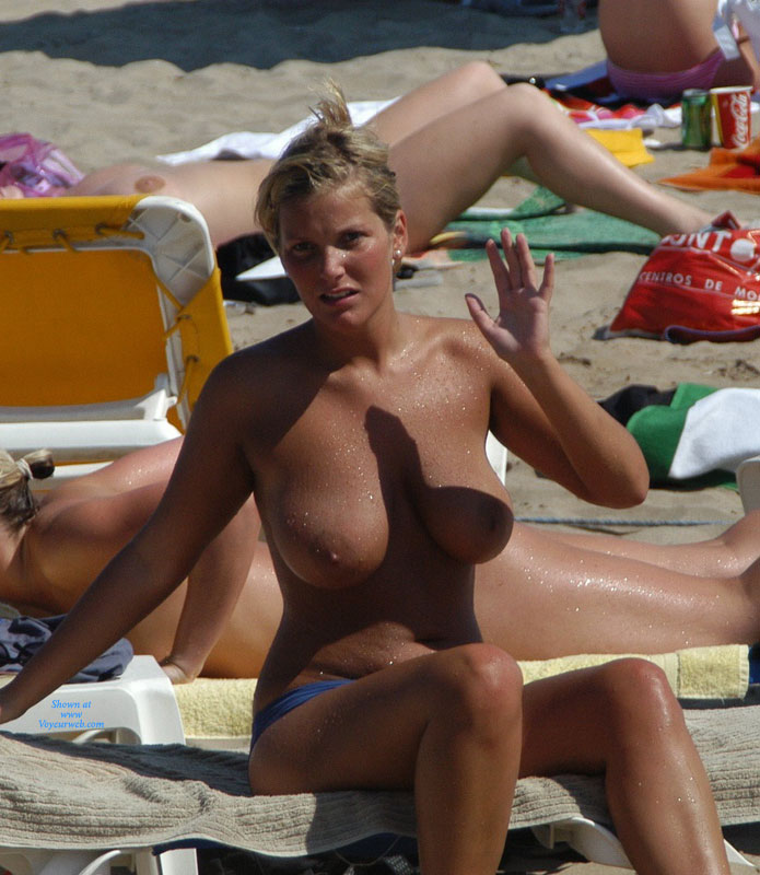 Naked woman big titts