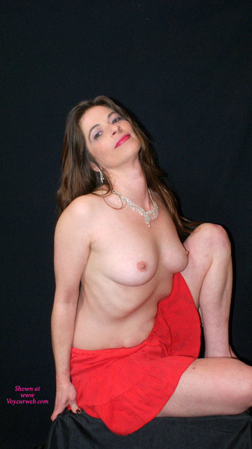 Pic #1 - First Time On The Internet , Siana Marie Is A 39 Year Old Grand Mother. She Was A Little Shy At First, But WOW Ended Up A Amatuer Photographers Dream