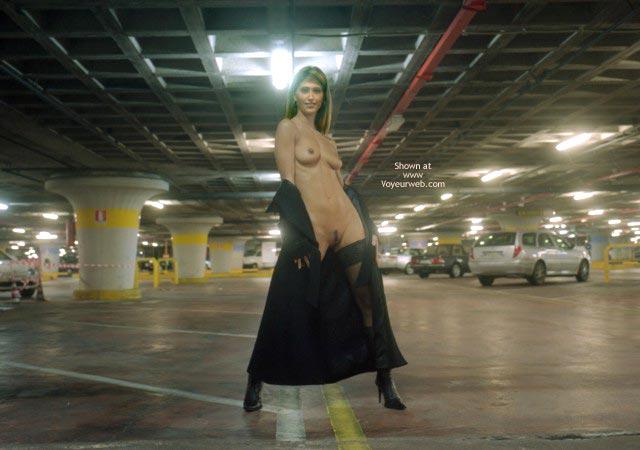 Pic #2 - Nanà, Naked Garage.