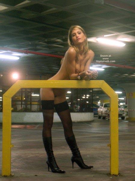 Pic #4 - Nanà, Naked Garage.
