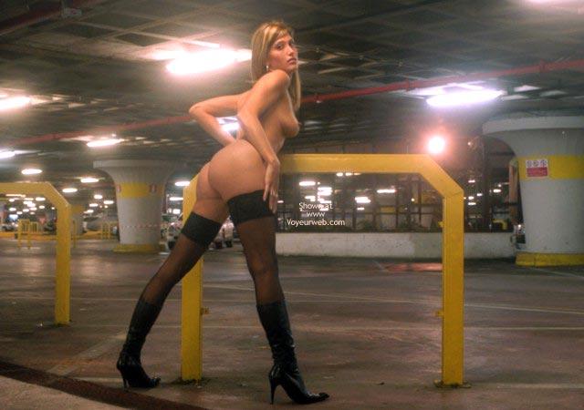Pic #8 - Nanà, Naked Garage.
