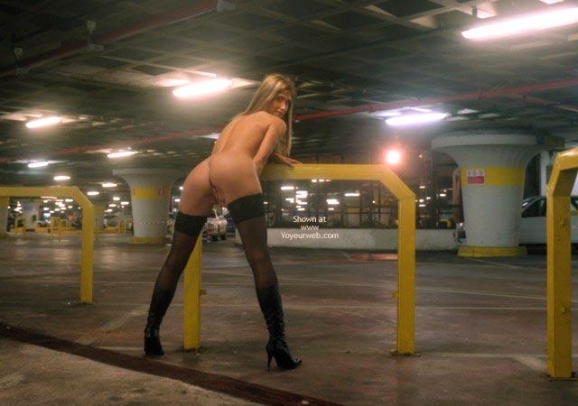 Pic #9 - Nanà, Naked Garage.