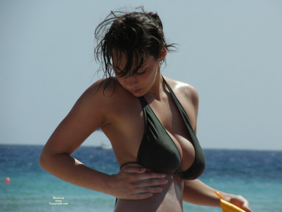 Big Titted Brunette On The Beach - Big Tits, Brunette Hair, Dark Hair, Huge Tits, Beach Voyeur , Soft Full Round Puppies, Overflowing Her Bra, Big Breasted Brunette, Sexy Tits, Big Boobs In The Beach, Very Huge Tits On Beach, Busting Out All Over