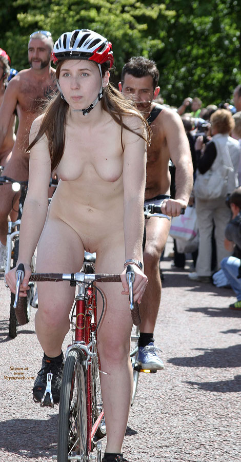 Naked Girls Cycling