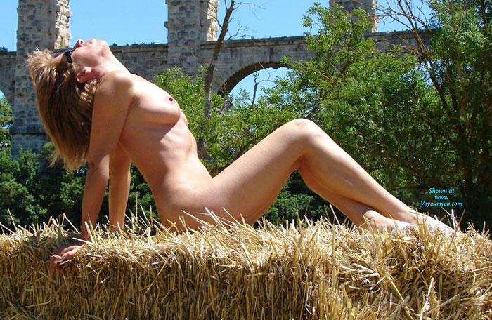 Pic #1 - Nude Wife Arching Back - Dark Hair, Sunglasses, Naked Girl, Nude Wife , Nude Beauty, Naked Farm Girl, Old Arches, New Curves, Arching Back, Skinny Nude Girl Visible Rib Cage, Head Back, Mature