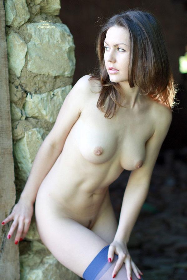 Amateurish erotic free style