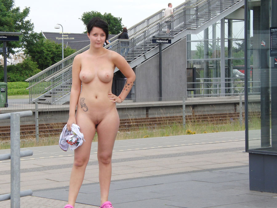 Bond the web voyeur nude in public