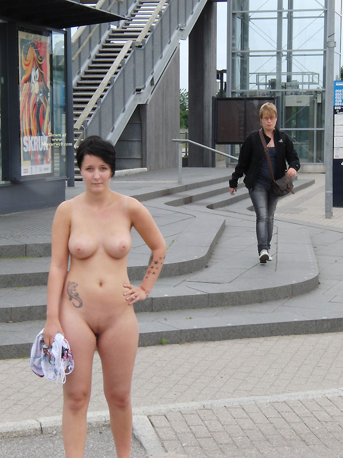 Nude flashing on street