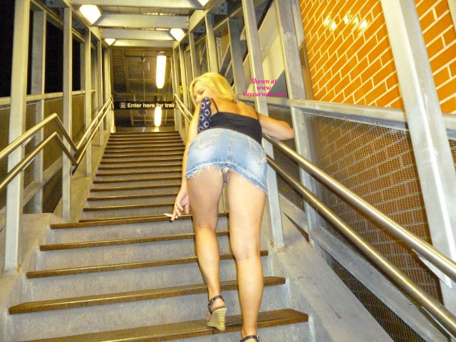 Chicago Flashing... , No Story, Just A Hot Chicago Not On The CTA....
