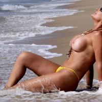 Deby Y La Playa
