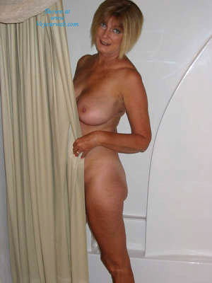 Pic #4 - Over 60 And Still Nude